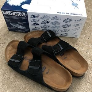 Birkenstock sz39 Arizona Black Suede Soft Footbed